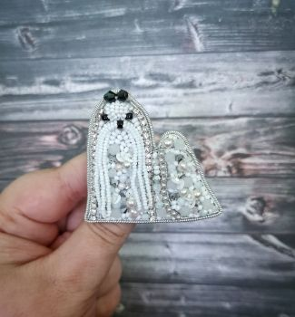 Dog brooches maltese Sparkle